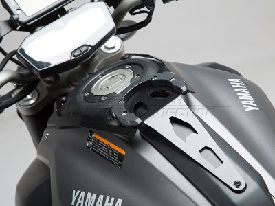SW-Motech Quik-Lock Evo Tankring adapterkit, Yamaha MT-07 / FZ-07 ('14-).